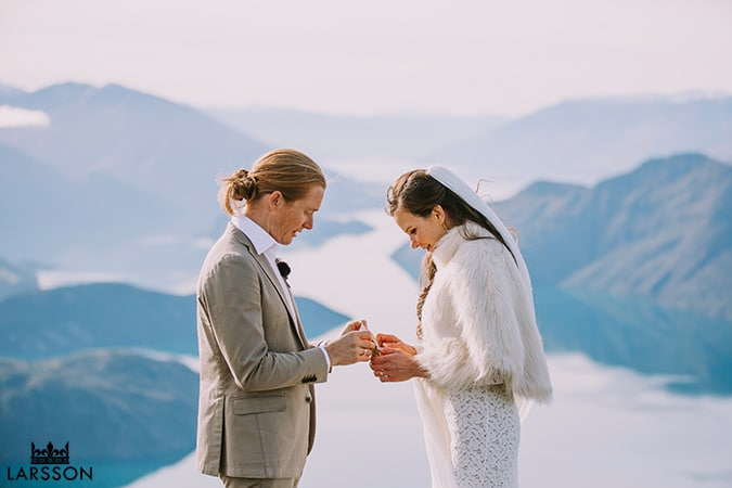 Wanaka heli wedding ceremony, Destination wedding NZ