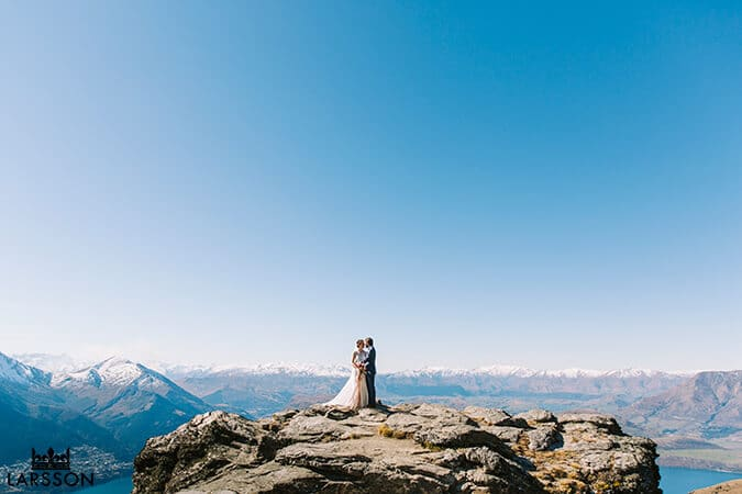 Wedding couple on the mountain in Queenstown