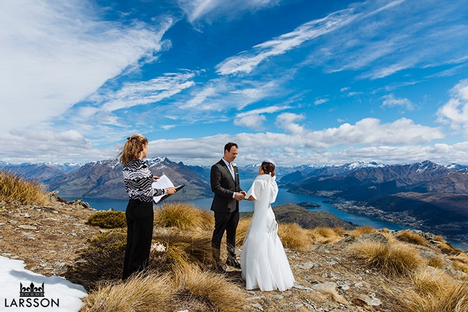 Mountain Wedding, Spring wedding ceremony on The Remarkables Queenstown